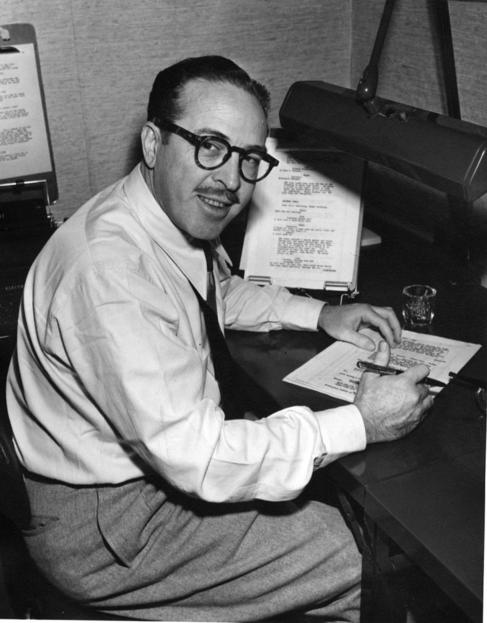El guionista Dalton Trumbo.