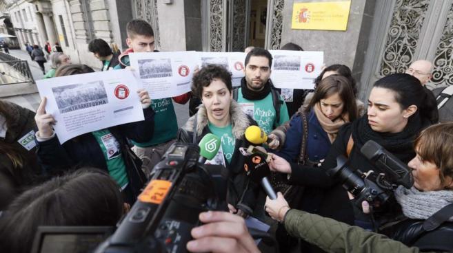 La secretaria general del Sindicato de Estudiantes, Ana García,...