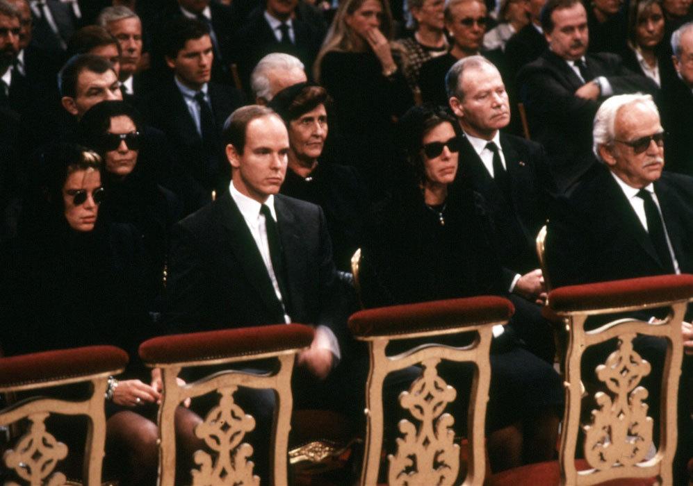 El 14 de septiembre de ese mismo año, se celebró el funeral por la...