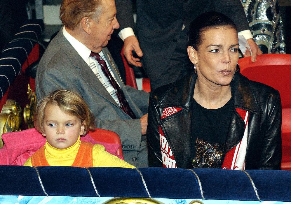 Después de su separación, Estefanía de Mónaco tuvo una hija el 15...