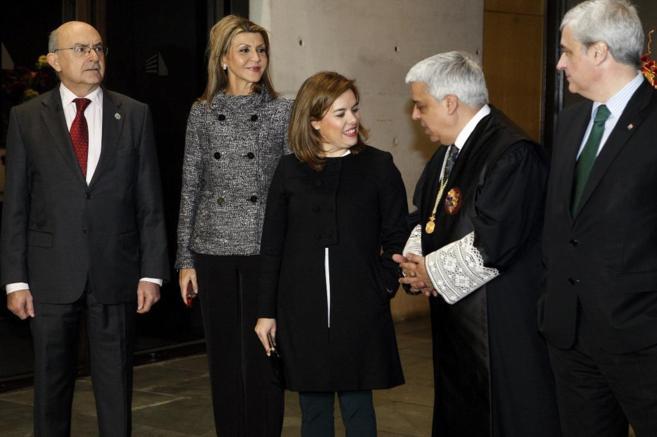 Miguel Ángel Gimeno, María de los Llanos de Luna,  Soraya Sáenz de...