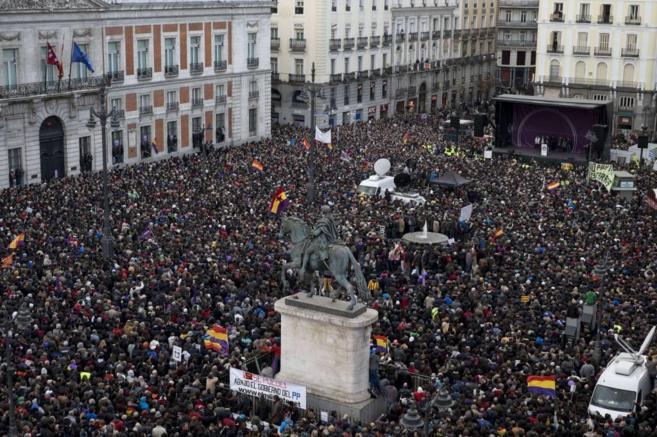 La Puerta del Sol, repleta de manifestantes.