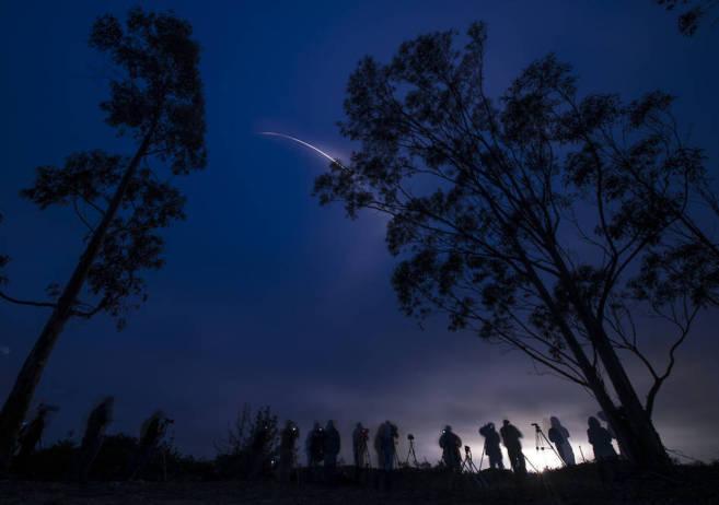 La sonda SMAP, que trabajará a 685 kilómetros de la Tierra, tras el...
