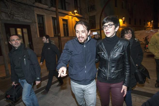 Pablo Iglesias y la candidata a la Secretaría General de Podemos en...