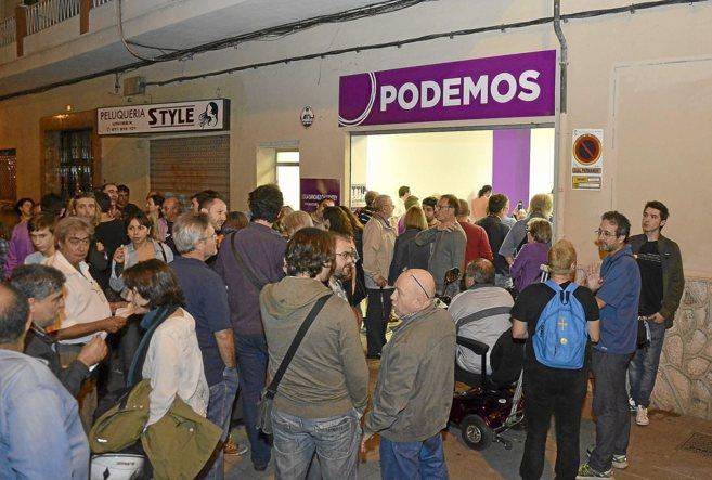 La oficina de Podemos en Palma en su apertura.