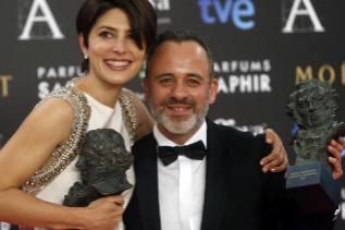 Lennie y Gutiérrez, con sus estatuillas.