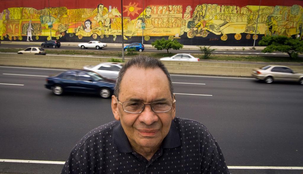 El caricaturista Pedro León Zapata.