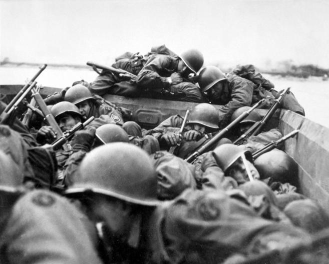 El 1 de marzo de 1945 las barcazas estadounidenses alcanzaron la...