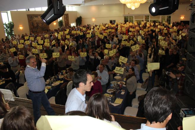 Alfonso Rus en el acto 'Yo respondo' con alcaldes del PP...