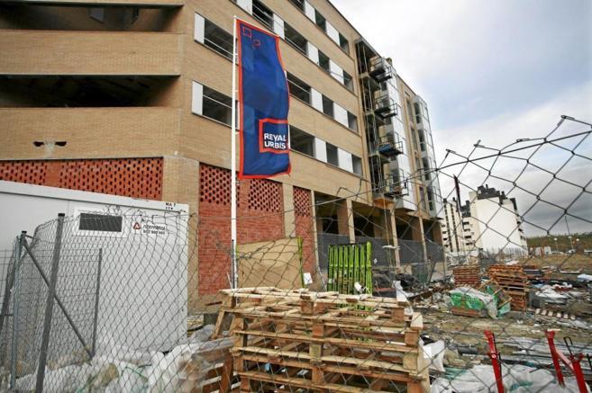 Obras de la inmobiliaria Reyal Urbis en el Ensanche de Vallecas