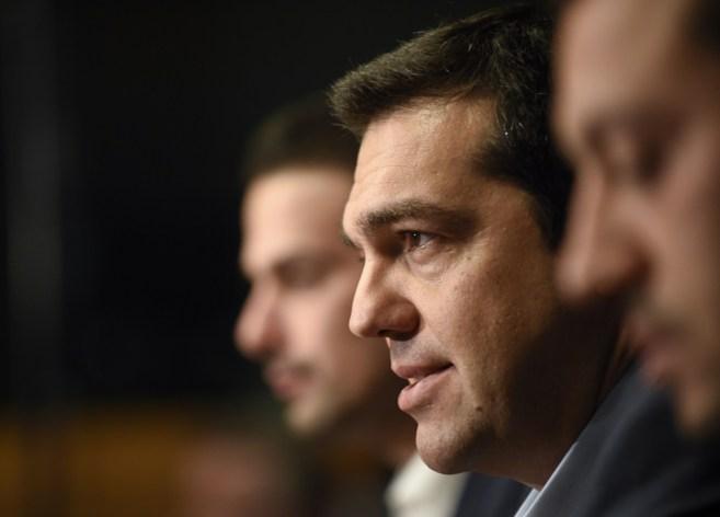 El primer ministro griego, Alexis Tsipras, durante la rueda de prensa...