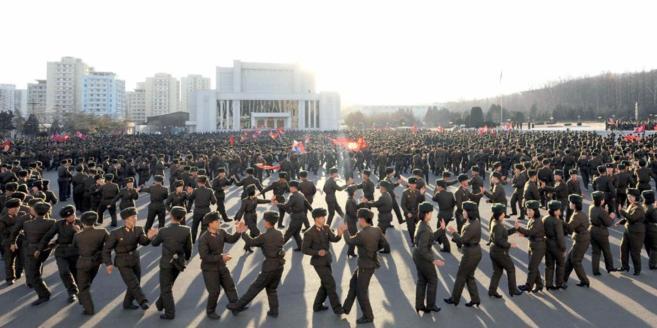 Miembros del Ministerio Popular de las Fuerzas Armadas de Corea del...
