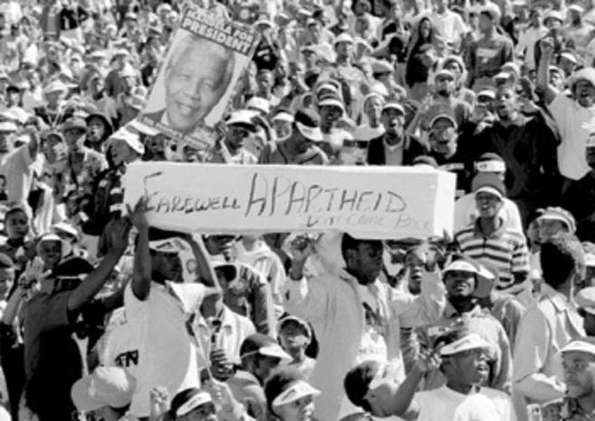 Imagen de archivo de una manifestación contra el Apartheid en...