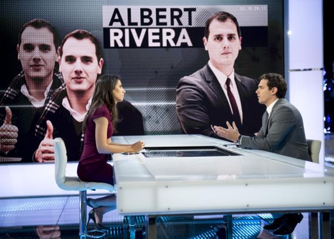 Albert Rivera, con Ana Pastor en 'El Objetivo'.