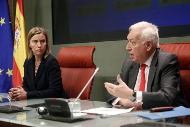 José Manuel García-Margallo, y la Alta Representante de la UE para...
