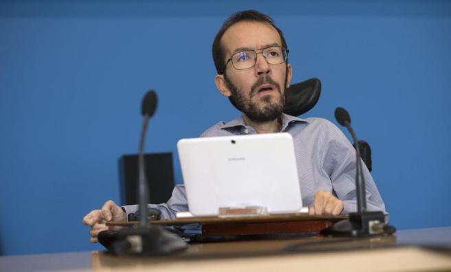 El secretario general de Podemos en Aragón, Pablo Echenique, este...