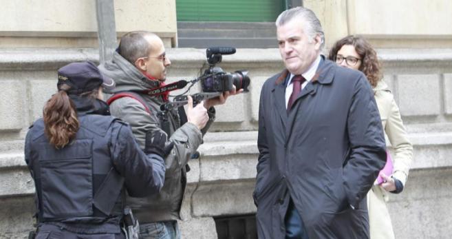 Luis Bárcenas, este miércoles, a su llegada a la Audiencia Nacional...