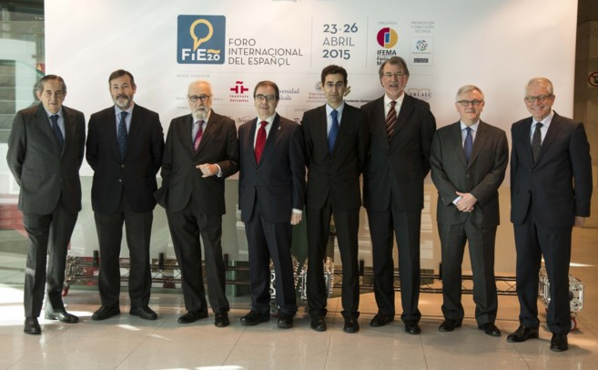 De izquierda a derecha, Fermín Lucas, director general de IFEMA;...