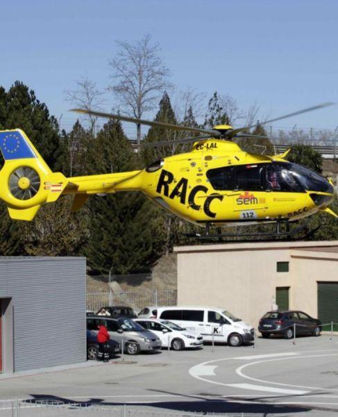 El helicóptero que traslada a Alonso abandona Montmeló.