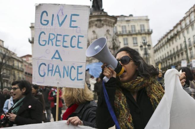 Manifestación en el centro de Lisboa a favor del nuevo gobierno...