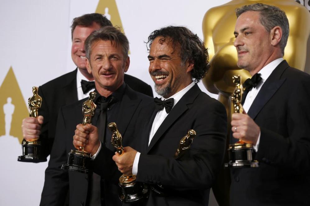James W. Skotchdopole, Sean Penn, Alejandro Inarritu y John Lesher...
