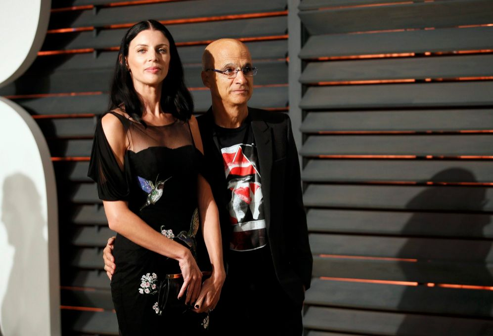 La modelo Liberty Ross y el ejecutivo musical Jimmy lovine en la...