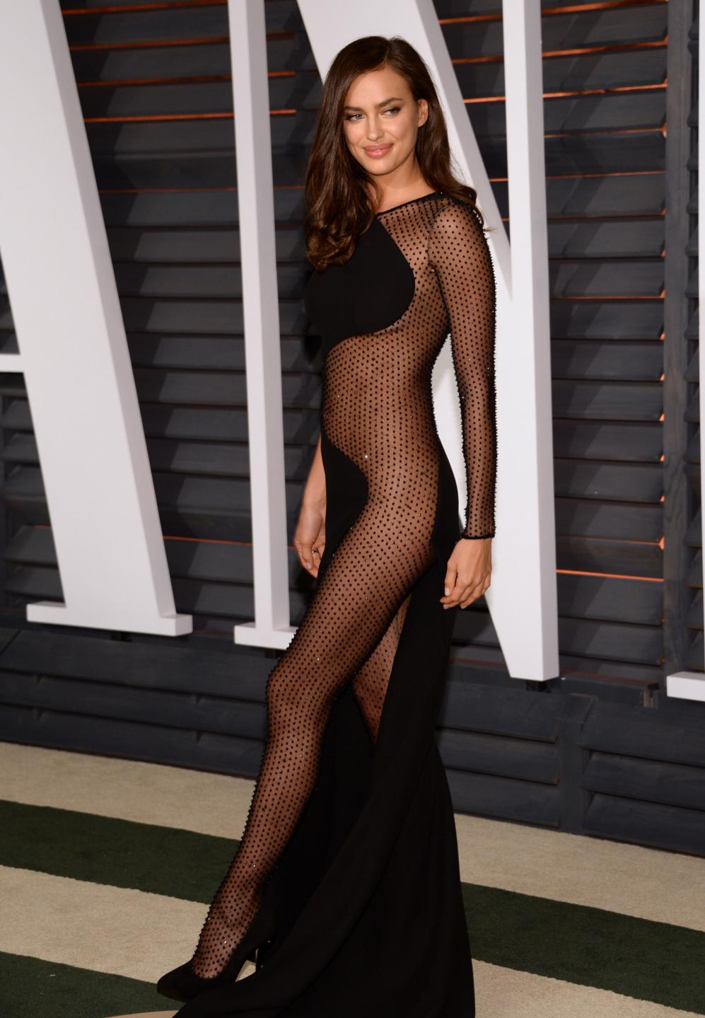 Un modelo muy parecido al que lució Irina Shayk, también sin...