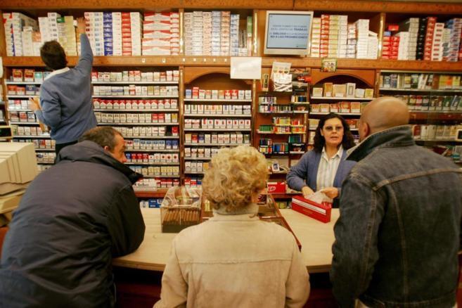 Guerra de precios: las tabaqueras abaratan su marcas de bajo coste ...