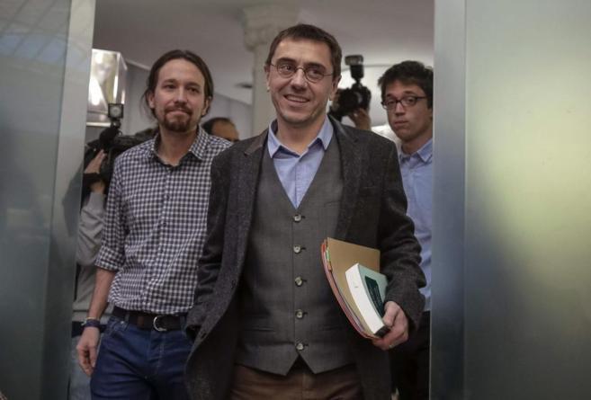 Juan Carlos Monedero, con Pablo Iglesias e Íñigo Errejón, el pasado...