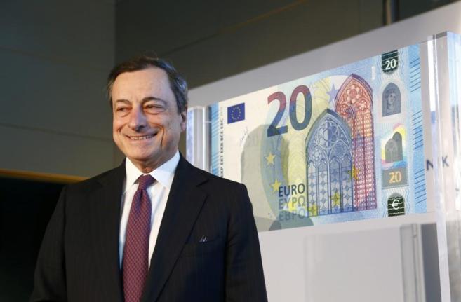 El presidente del BCE, Mario Draghi, en la presentación del nuevo...