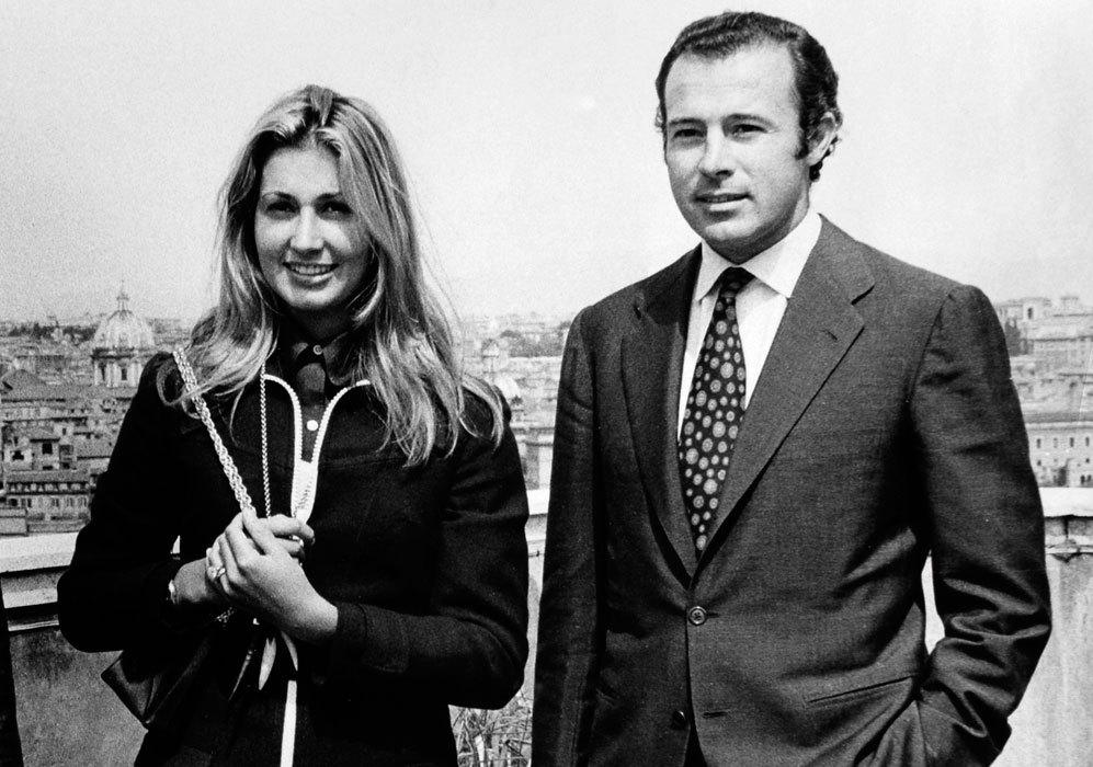 Alfonso y Carmen se separaron en 1979 y se divorciaron tres años...