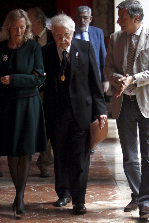 Pere Maria Orts en el acto de entrega de la Medalla de Mérito de...