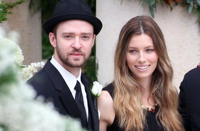 El cantante Justin Timberlake y la actriz Jessica Biel, que esperan su...