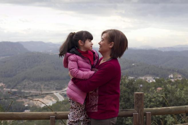 Marga Martínez y su hija Martina, que sufre síndrome de Rett.
