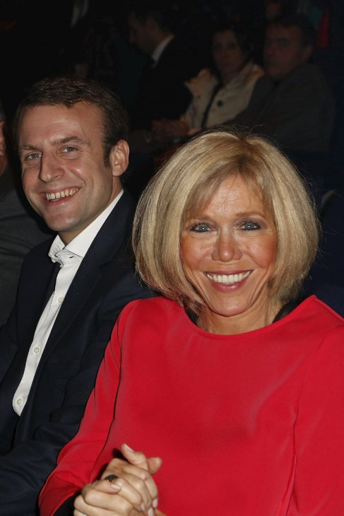 Macron El Ministro Que Se Lio Con Su Maestra Loc El Mundo