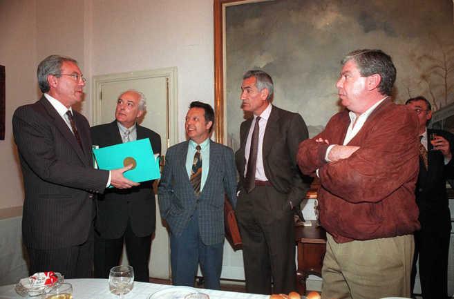 Barrionuevo, Bayo, Guerrero Lucas, Vera y Corcuera en 1997 en la...