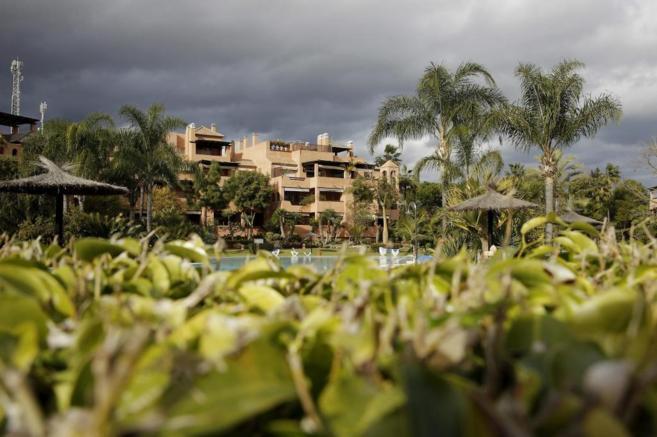 Urbanización Alhambra del Golf 3 (Málaga), donde se encuentra el...