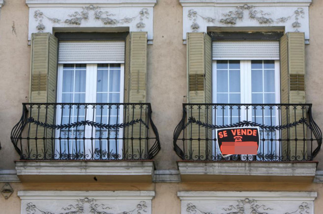 Edificio con viviendas en venta en Andalucía, en una imagen de...