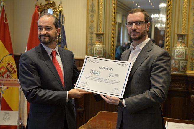 Entrega del premio Dyntra a la Transparencia Municipal al Ayuntamiento...