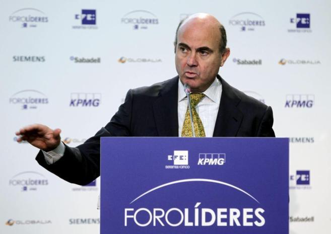 El ministro de Economía, Luis de Guindos, en una intervención.