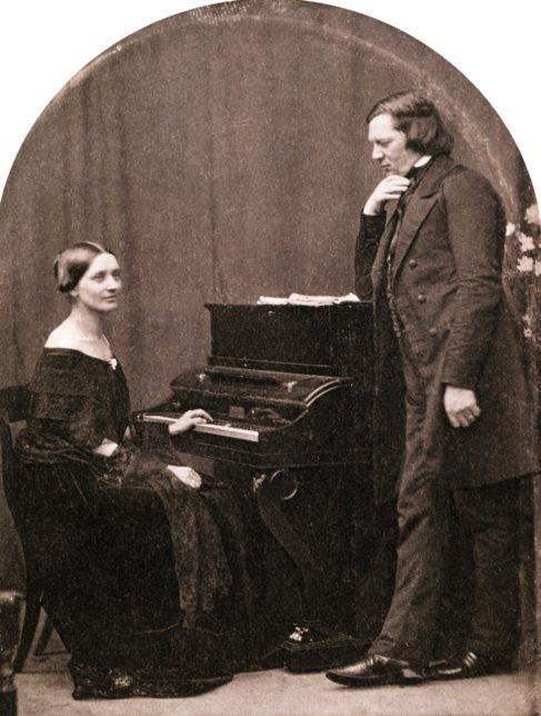 Clara y Robert Schumann, en un daguerrotipo de 1850.