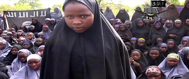 Fotograma de un vídeo difundido por Boko Haram en el que aparecen...