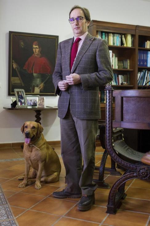 Iván Arteaga, marqués de Armunia, lleva trabajando en el campo...