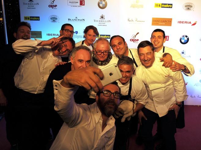 Los grandes chefs se sumaron en Marbella a la moda del selfie.