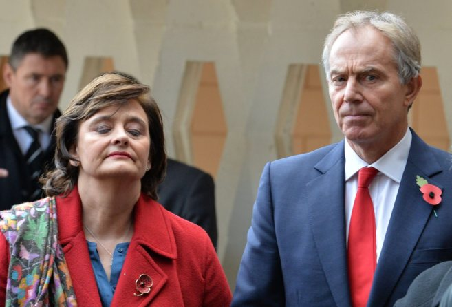 Los Blair, el pasado noviembre en un funeral.