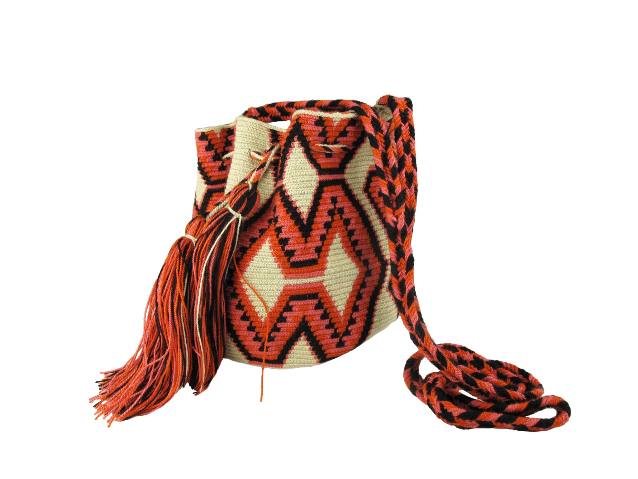 Así son los auténticos bolsos Wayuu  f4d7feadcf8