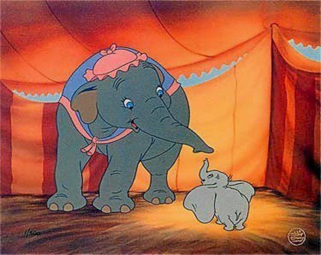 Fotograma de Dumbo, el clásico animado de Disney.