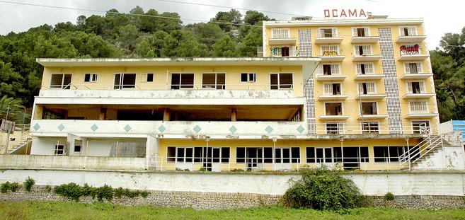 Imagen del que fue el hotel Rocamar, situado en el Puerto de Sóller.