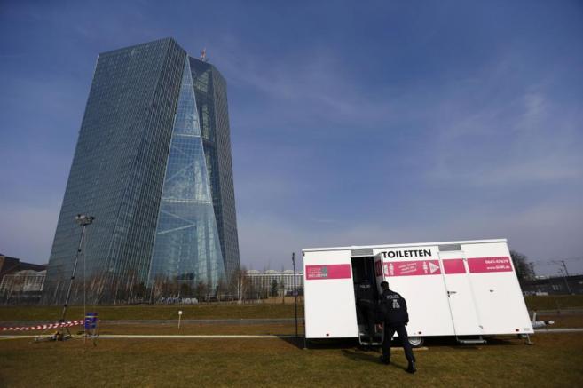 Vista de la nueva sede del Banco Central Europeo (BCE) en Francfort...