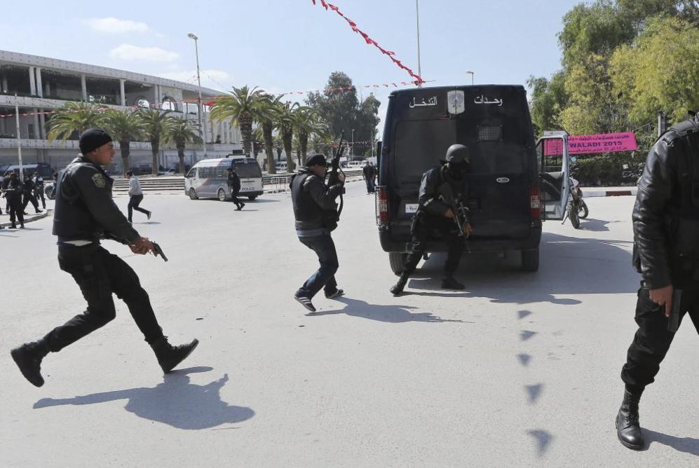 La Policía se prepara para hacer frente a los asaltantes del...